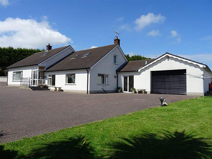 25 Dunlady Road, Dundonald